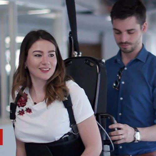 Wandercraft : l'exosquelette qui aide les personnes paralysées à marcher